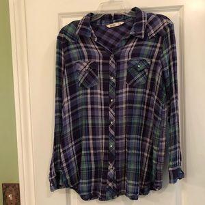 XL women's Old Navy plaid shirt